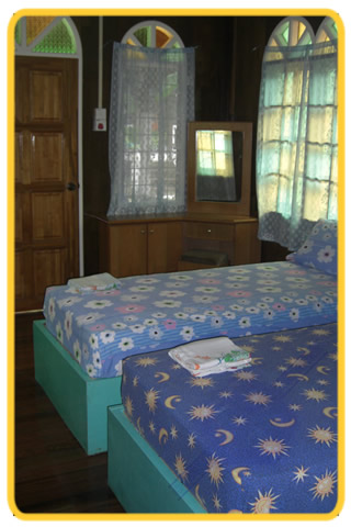 Perhentian Island. Mama's Chalet. We offer you the chalets, rooms, and meals at the reasonable price.